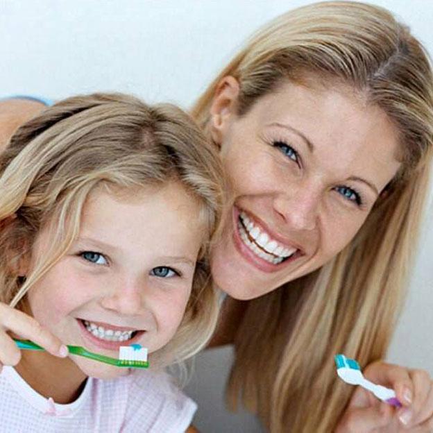 A good dental hygiene routine should start the moment your teeth erupt. Kids Dental. German Dentist Marbella, San Pedro